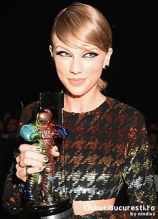Taylor Swift multipla castigatoare la MTV VMA 2015