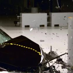 BMW X1 - small overlap IIHS crash test<br /> <br /> http://www.wpp.ro/<br /> ☎ 0768 417 627<br /> #service #auto #bmw