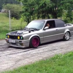 BMW E30 V8 BURNOUT! BMW E30 Meeting!<br /> <br /> http://www.wpp.ro/<br /> ☎ 0768 417 627<br /> #service #auto #bmw