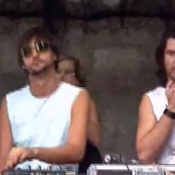 rare video with Ricardo Villalobos from 2003 [bomb track]