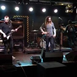 While She Sleeps - soundcheck<br /> Ne vedem diseara in fabrica. Bilete si la intrare!<br /> <br /> #whileshesleeps #bloodyouth #diamondsareforever
