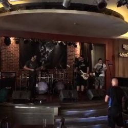 Soundcheck Warrel Dane - Hard Rock Cafe Bucharest<br /> Va asteptam diseara. Nu uitati bilete puteti gasi online pe www.iabilet.ro dar si la intrare.