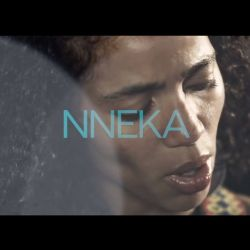 NNEKA headliner la Airfield! Artista soul nigeriană a cucerit topurile cu groove-ul autentic african care îmbogățește stilul raggae. Vino să o vezi live pe Main Stage!<br /> ✈✈✈<br /> NNEKA headliner at Airfield! The nigerian soul artist took over th