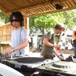 How could you not dance to this? Awesome b2b2b staring Ricardo Villalobos, Thomas Franzmann aka Zip and Fumiya TanakaCatch Fumiya Tanaka playing at HAOS in Padure v4.0 as half of ToFu ProductionsMore info: goo.gl/YNiIoUTickets: https://www.liveticket